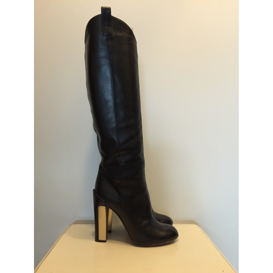 $800 Brian Atwood Black Leather Knee
