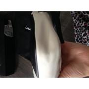 chanel cambon ligne pochette bag 12-900x900