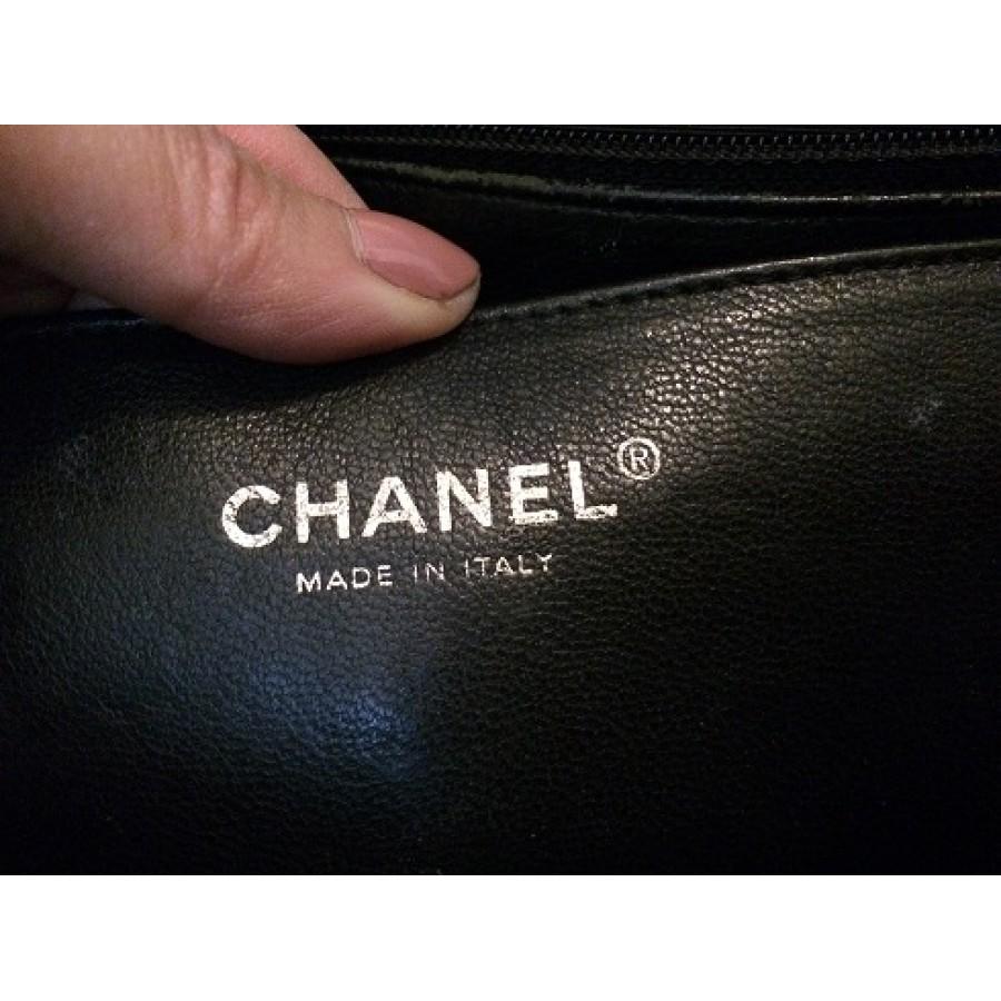 46acfca5a923e6 lightbox · lightbox. prev. next. Chanel Classic Jumbo Black Caviar 18k GHW  Lust4labels 17-900x900