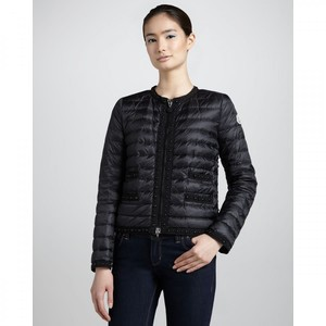 Ladies Moncler Quilted Down studded jacket XXS 00 Lust4labels 1-900x900