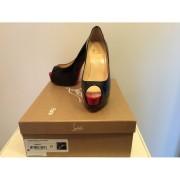 Lust4labels Christian Louboutin Palais Royale Black Patent Pumps 4 37-900x900