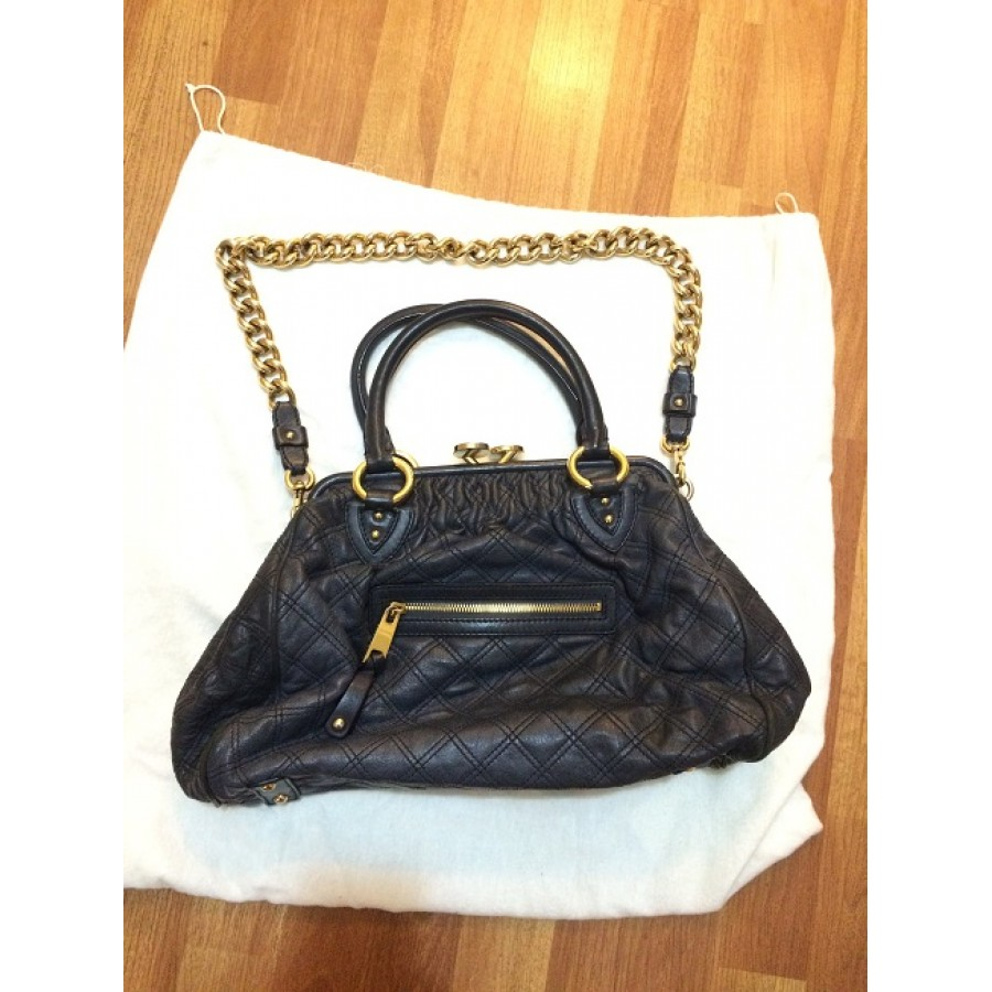 fe7e2ca8e4bda Marc Jacobs Classic Navy Blue Stam Gold Chain Bag Purse Lust4Labels  11-900x900