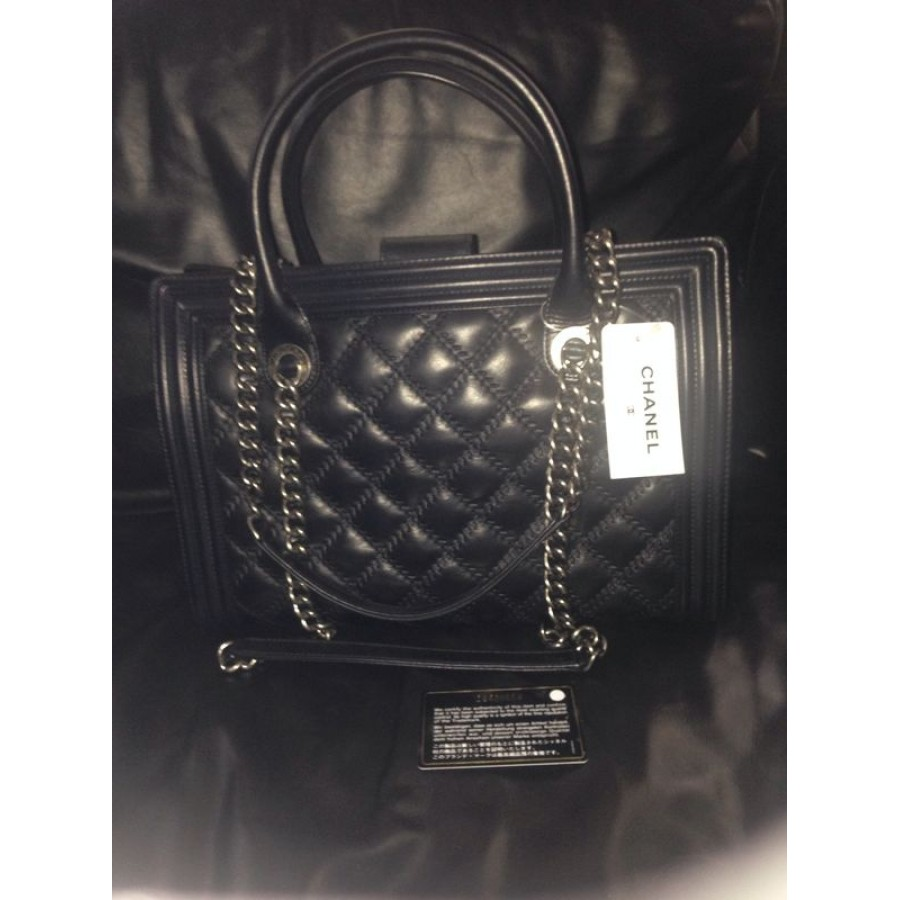 $6100 Chanel 13B Classic Flap Quilted Le Boy Large Black Calfskin ... : quilted boy tote chanel - Adamdwight.com