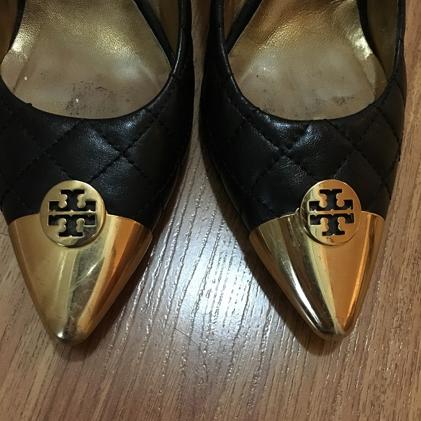 85dc77aa3 Tory Burch Quilted Black Leather Gold Cap Toe Pumps Lust4Labels 1 lightbox  · lightbox