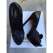 YSL Yves Saint Laurent Black Patent Leather Palais Peep Pumps Lust4Labels 4-900x900