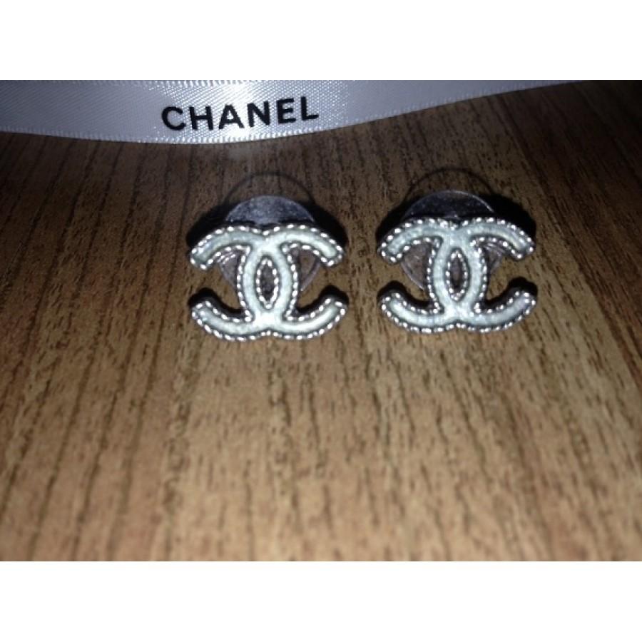 350 Chanel Cc Logo Earrings Silver Arte Bleu Lust4labels Tote Red Chanelearrings4 900x900
