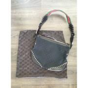 gucci borsa pelham studded messenger bag 1-900x900