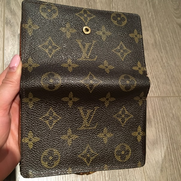 800 Louis Vuitton Monogram Canvas Bifold French Purse Wallet ... f1c26f02f9f