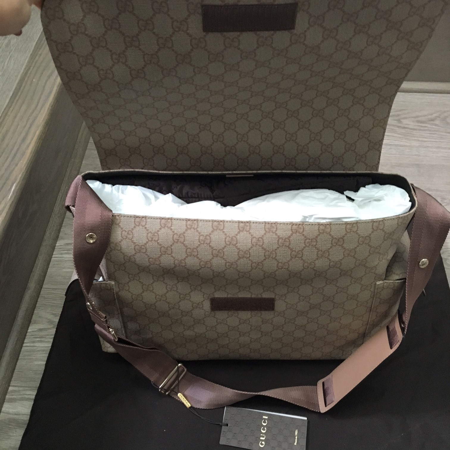 412c338f1c2f67 $1200 Gucci Monogram Canvas GG Plus Beige Pink Logo Large Baby ...