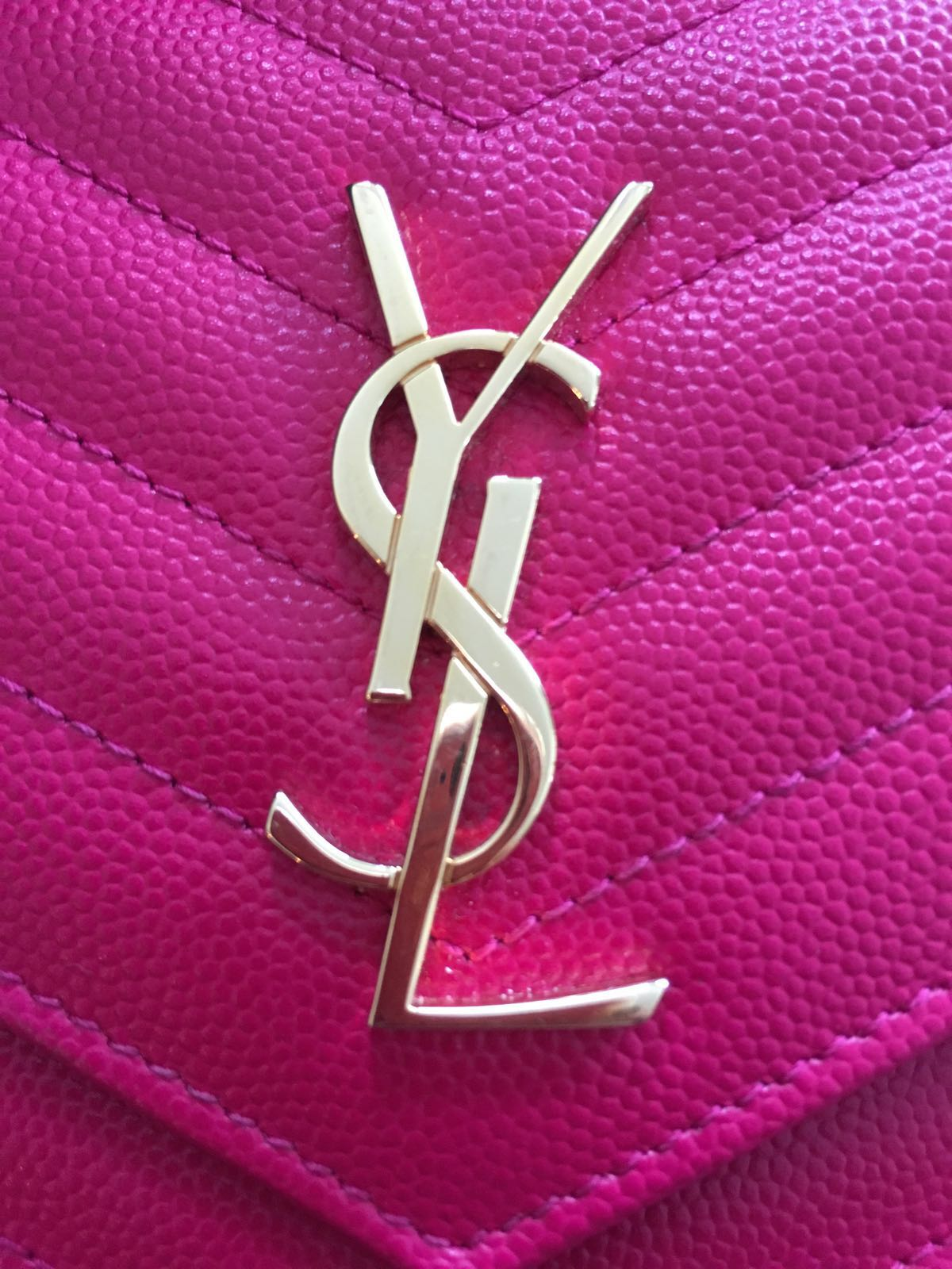 1500 Yves Saint Laurent Paris Pink Leather Chevron Wallet