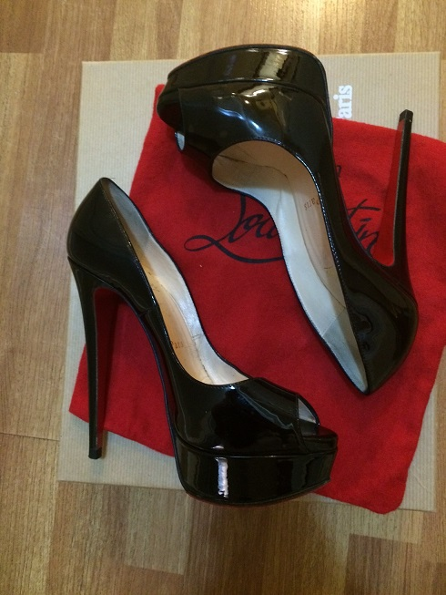 866cf9261f3 $1000 Christian Louboutin Black Patent Leather Lady Peep Pumps 150mm ...