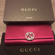 gucci-hot-pink-fuschia-satin-swarovski-gg-detail-clutch-bag-purse-lust4labels-1