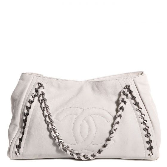 6b067b225b46 $2600 Chanel Classic White Lambskin Large Modern Chain Tote Bag ...
