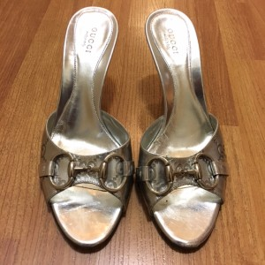gucci-guccissima-silver-mirror-peep-mules-36-5-37-lust4labels-1