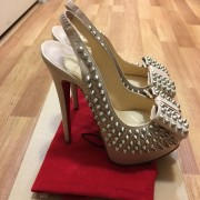 Christian Louboutin Classic Beige Nude Calf Leather Clou Noeud Spikes Heels SZ 35 Lust4Labels 4