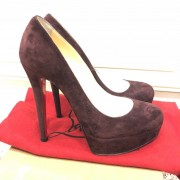 Christian Louboutin Classic Wine Plum Velour Bianca 140 Pumps SZ 35 Lust4Labels 4
