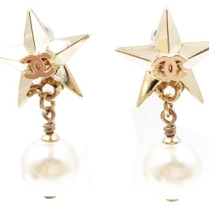 Chanel Classic CC Logo Gold Star Pearl Stud Earrings Lust4Labels 7