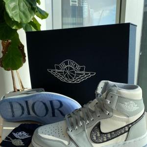 Air Dior Jordan 1 Retro High Wolf Grey Sail SZ 42 US 9 Lust4Labels 4