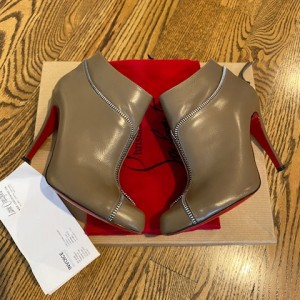 Louboutin Taupe Leather Zip Detail Ankle Boots SZ 36.5 Lust4Labels 2