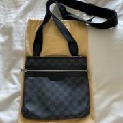 Louis Vuitton Mens Black Damier Graphite Thomas Messenger Bag Lust4Labels 1