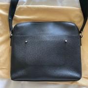 Louis Vuitton Mens Black Taiga Leather Grigori MM Messenger Bag Lust4Labels 4